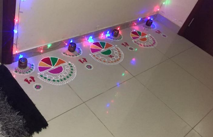 Free Hand Border Rangoli Designs for Diwali